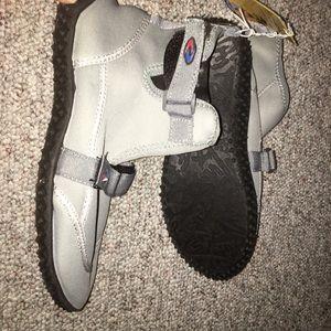 Frisky Shoes - Water surf shoes